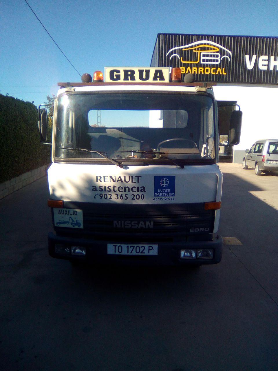 Camión Portavehículos NISSAN L-60 4.0  90 CV
